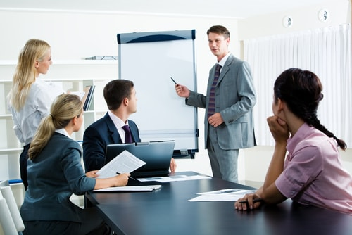 Pelatihan Effective Leadership