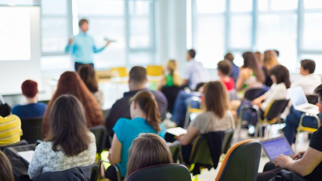 Pelatihan Make New Employee Orientation A Success