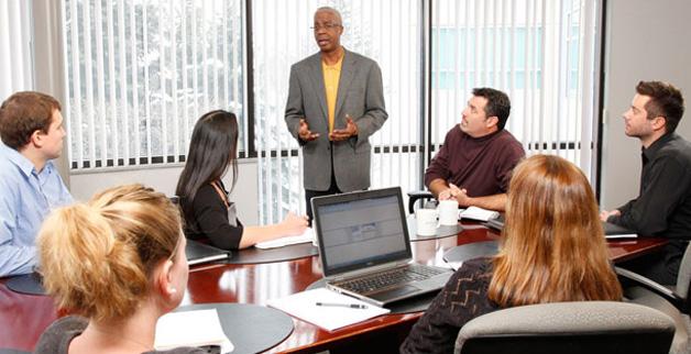 Training Comprehensive HRIS (Human Resources Information System)
