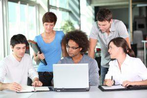 Pelatihan Effective Presentation And Report Writing