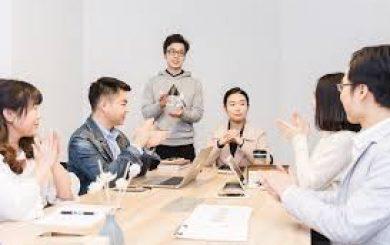 Training Etika Komunikasi pada Pelayanan Birokrasi